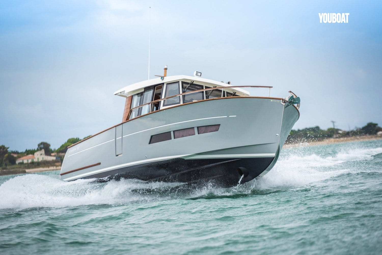 Brest Ocean Boat